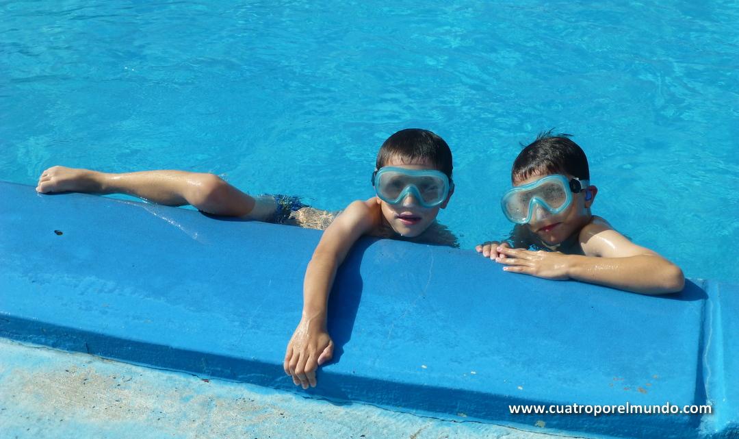 Otra sesión de piscina/pileta, jeje