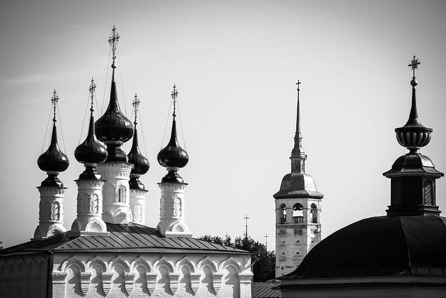 towers of churchs in Suzdal, Russia スズダリ、教会の尖塔たち