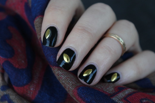 Gold & Black | Halloween Manicure | #LivingAfterMidnite
