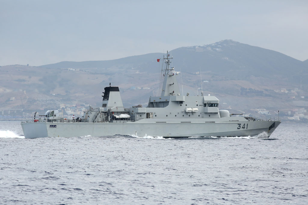 Royal Moroccan Navy OPV-70 / Classe Bir Anzarane - Page 4 15308101858_4b47dfdb34_o