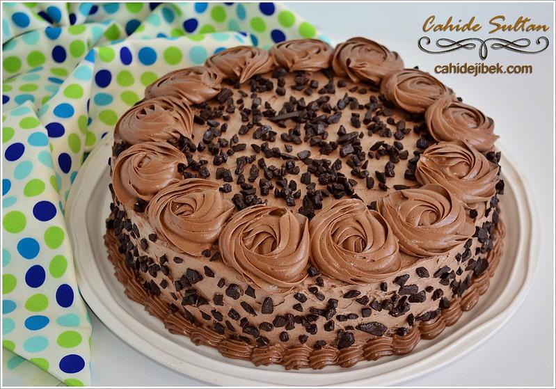çikolatalı muzlu labneli pasta tarifi