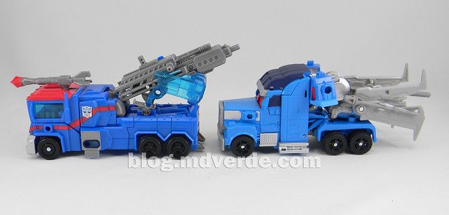 Transformers Ultra Magnus Voyager - Transformers Prime Beast Hunters - modo alterno vs RID