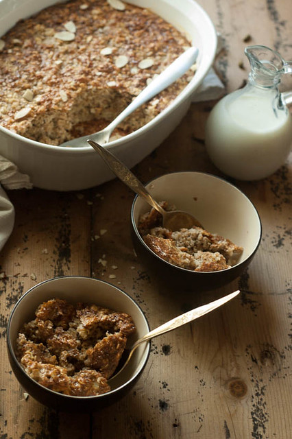 baked oatmeal greek yogurt.jpg