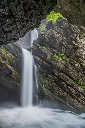 schweiz landschaftlandscape sanktgallen naturnature wasserfallwaterfall wasserwater thurfälle langzeitbelichtunglongtimeexposure unterwassersg