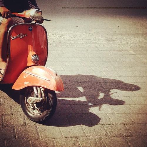Vespa Orange '71 #origilaindonesia #origila