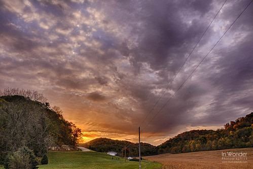 wisconsin clouds rural sunrise dawn nikon farm fields markadsit