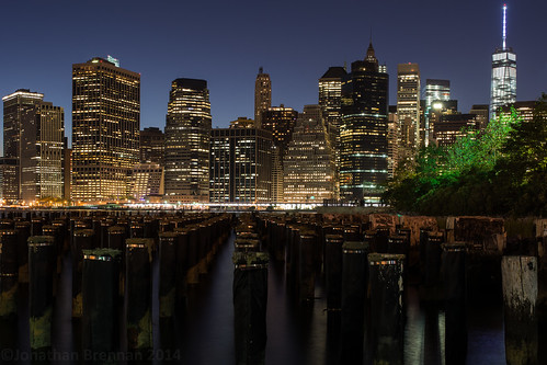 nyc newyorkcity usa ny newyork tower skyline brooklyn skyscraper pier twilight ruins unitedstates dusk brooklynheights financialdistrict bluehour lowermanhattan brooklynbridgepark