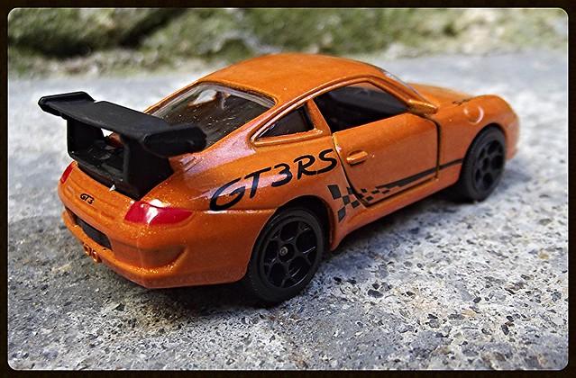 N°209D Porche 911 GT3RS. 15639602441_f10d74e913_z
