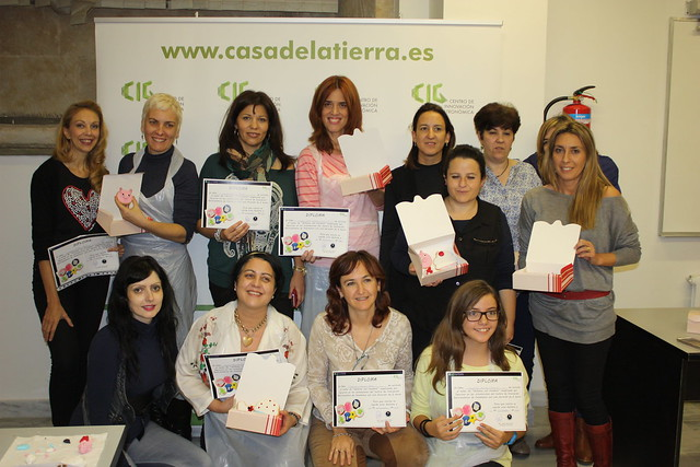 Personas integrantes del taller de decoración de galletas