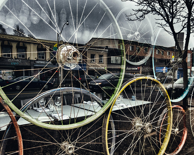 Wheels and reflections, Canon POWERSHOT S100