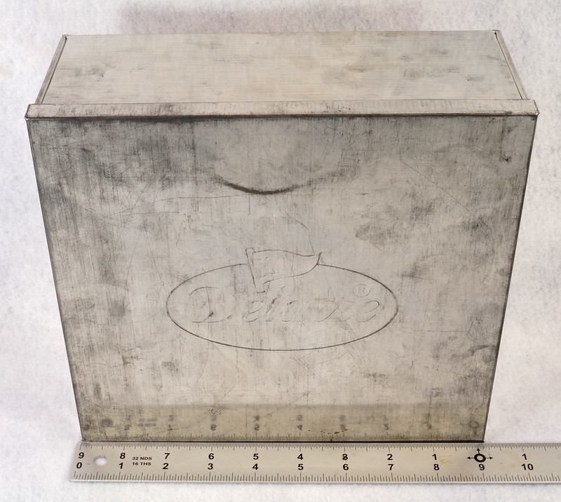 RD15330 Delacre Tin Box Square Vintage Collectible Metal Large Square Advertising DSC09183