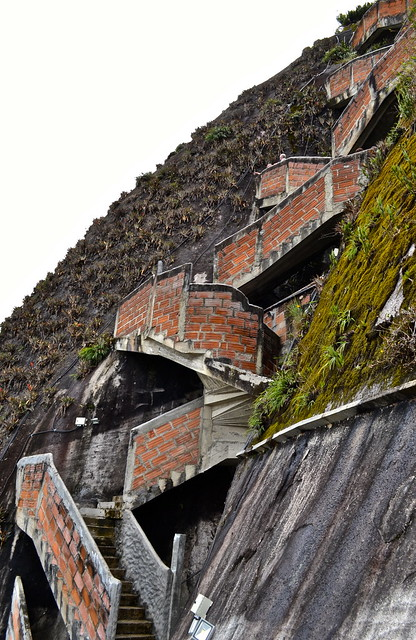 staircase to the top of piedra del peñol, colombia