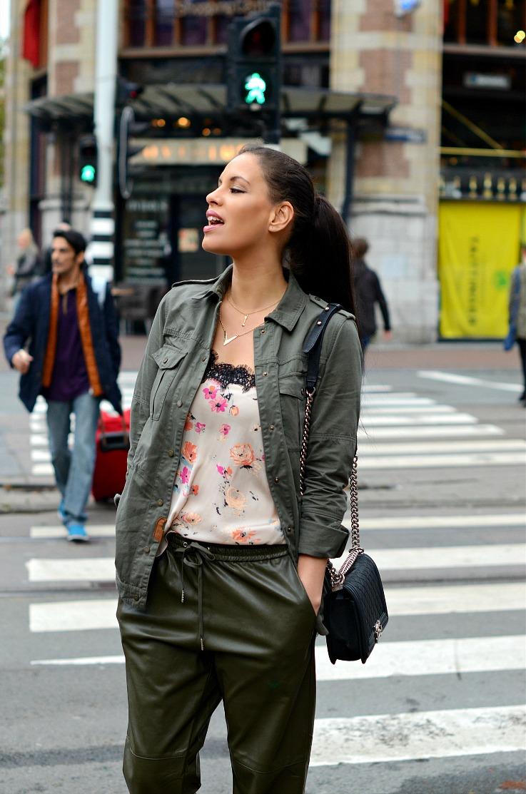 DSC_2593 army green jogging pants,floral lingerie zara top, chanel boybag, Tamara Chloé