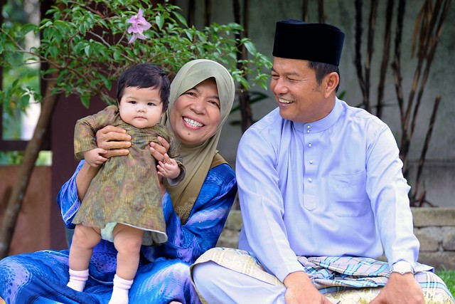 Ayah & Mak IV