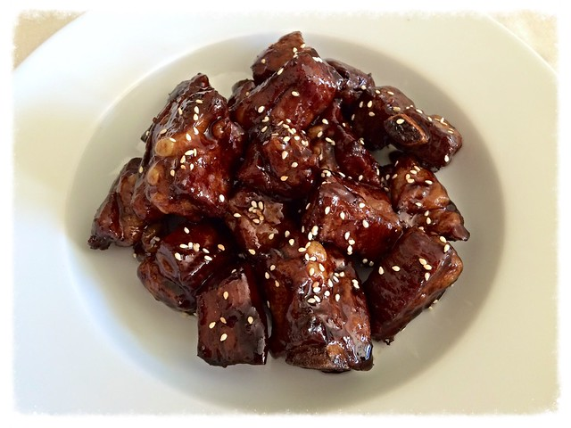 Sweet-and-sour spare ribs 糖醋排骨