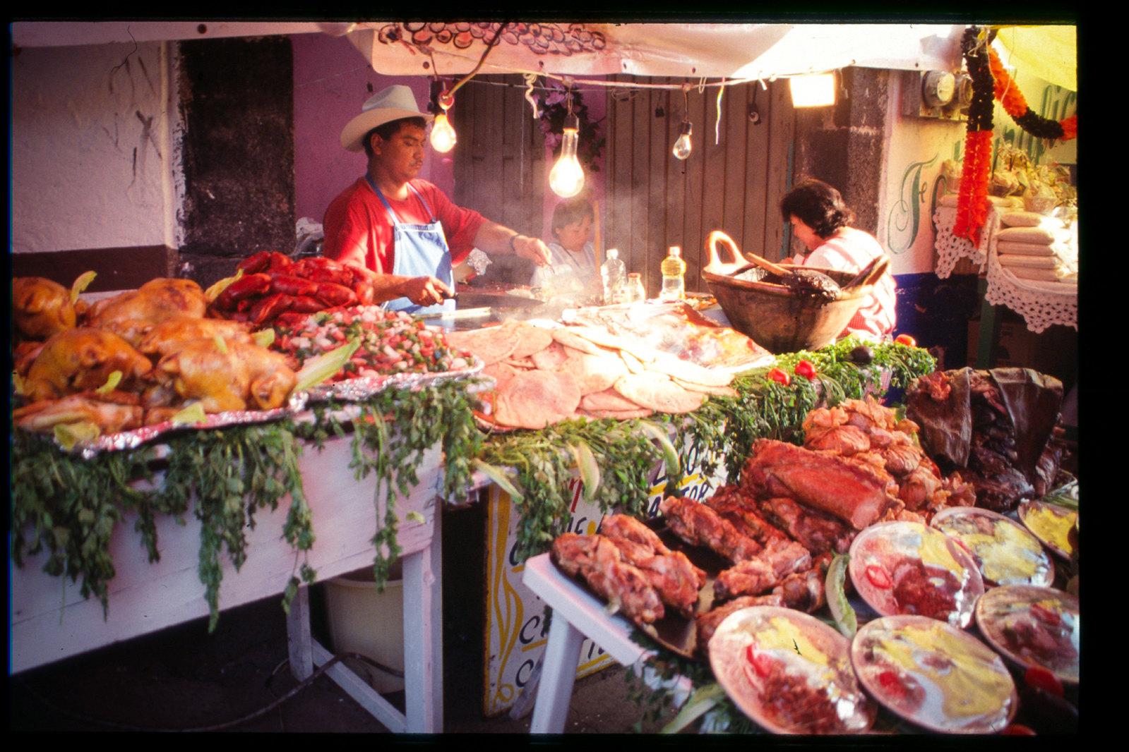 Fête des morts à Mexico - Le stand de barbaque