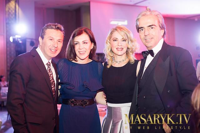 2014-10-30. [ FOTOS & NOTA ] Edith y Lorenzo en la gala previa al lanzamiento T Magazine México 15490806558_df8d538c1b_z