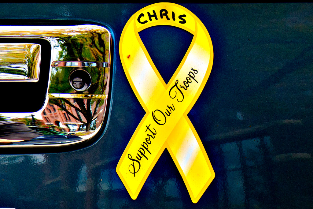 Support-Our-Troops-yellow-ribbon-stickers--Cedar-Rapids-(detail)