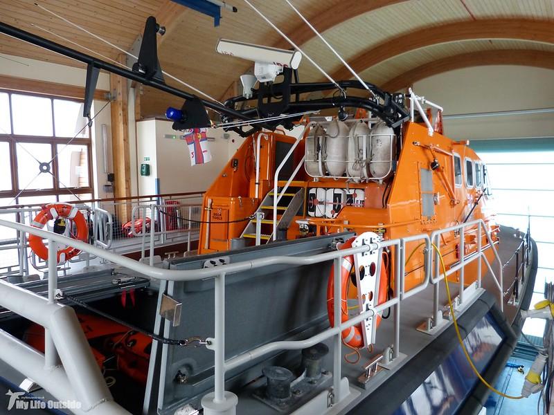 P1100100 - Mumbles Pier Lifeboat
