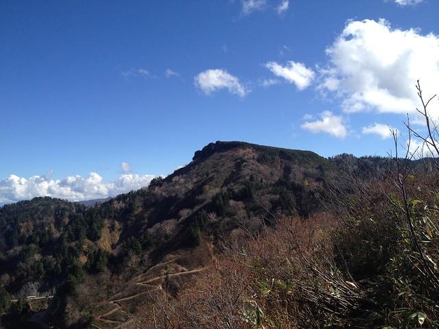 白山スーパー林道 ふくべ山展望台より三方岩岳