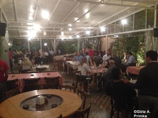 Beirut Paris des Ostens Hotel Phoenicia InterContinental Beirut Libanon 11_Bar_Falamanki_Okt_2014_002