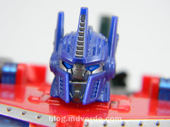 Transformers Hunter Optimus Prime Voyager - Transformers Go - modo robot