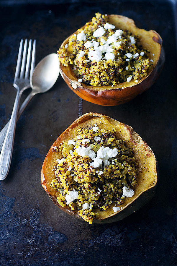 curried quinoa stuffed acorn squash