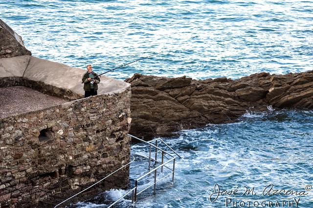 San Sebastian / Donostia. Pesca en en Pico del Loro.