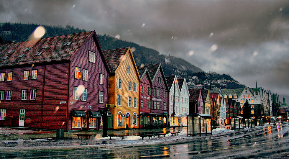 adaymag-stunning-photos-that-prove-bryggen-norway-is-the-ultimate-storybook-town-01