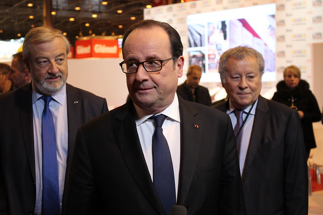 François Hollande au salon Livre Paris 2017