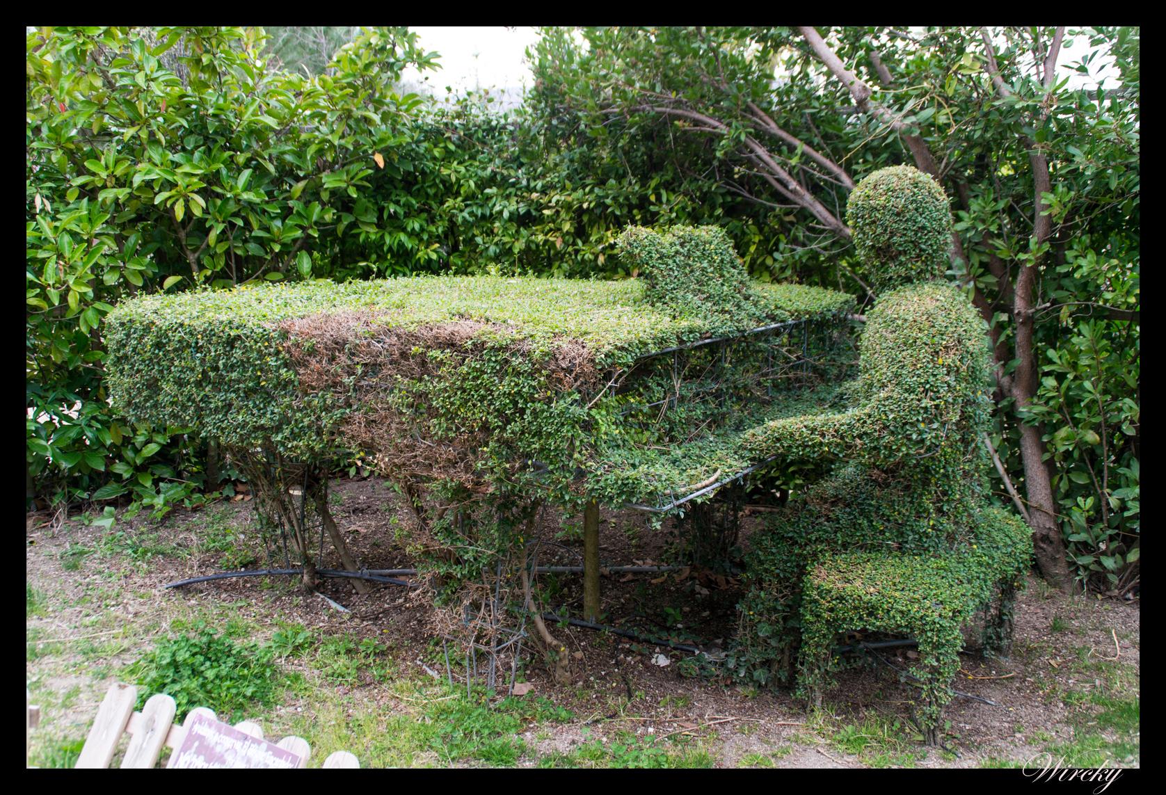 El bosque encantado un jard n secreto y m gico en madrid los viajes de wircky - Jardin encantado madrid ...