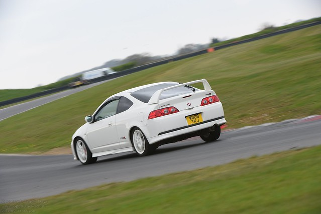 Snettterton Trackday 14th April, Nikon D750, AF-S VR Zoom-Nikkor 200-400mm f/4G IF-ED