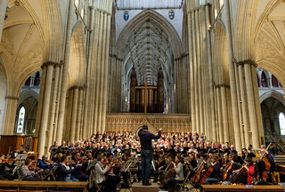 Изображение Йоркский собор. davidpipe israelinegypt stmichaelssingers yorkminster yorkmusicalsociety england handel conductor rehearsal