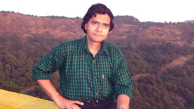 Singer Abhijeet Das, Fujifilm FinePix REAL 3D W3