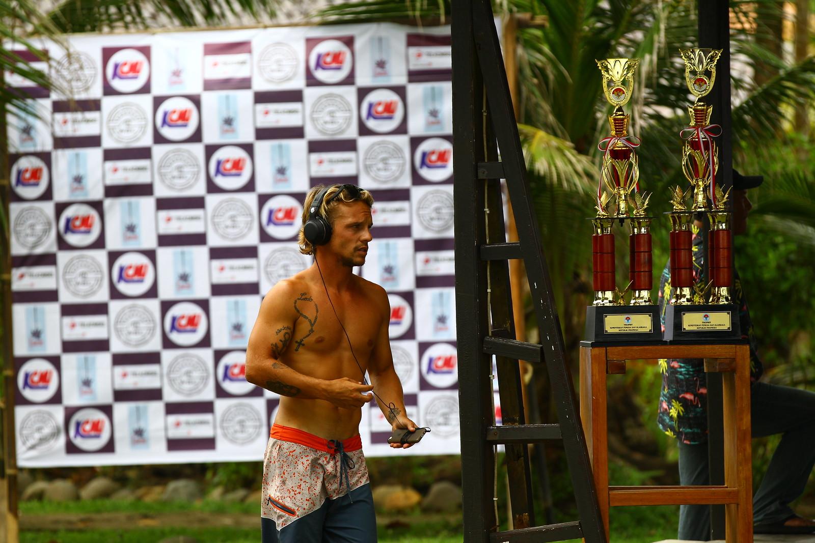 Krui Pro International Surfing 2017 (Tanjung Setia, Pesisir Barat, Lampung)