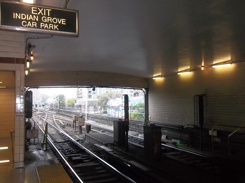 Looking east, Keele Station
