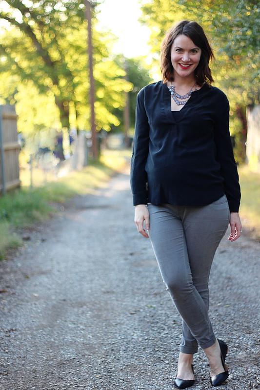 black-shirt-gray-jeans-3
