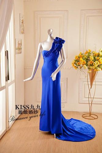高雄KISS九九麗緻婚紗-推薦婚紗禮服-湛藍光影