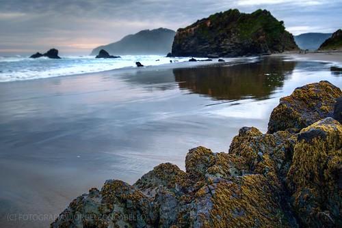 chile light sunset sky patagonia naturaleza seascape luz beach nature colors clouds reflections atardecer sand rocks playa paisaje colores arena cielo nubes crepusculo marino rocas reflejos afterglow oceanopacifico lakedistric oceanpacific rocosa coastalview regiondeloslagos llicobajo vistacostera