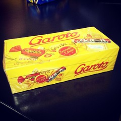 Eu sou o menino mais feliz do mundo!  #garoto #chocolateaddiction #chocolate #dulces #Sweets #bombons