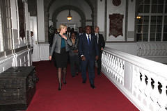 Helle Thorning-Schmidt, Denmark Prime minister welcomes President John Mahama to her office in Copenhagen