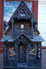 AbandonedDollHouse-8