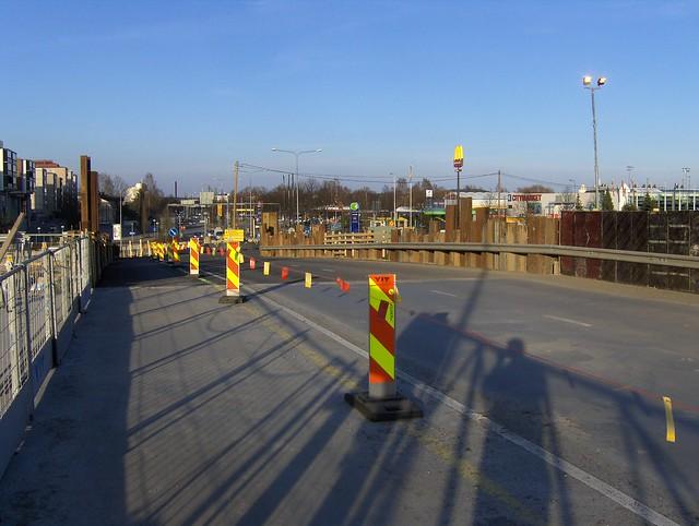 Hämeenlinnan moottoritiekate ja Goodman-kauppakeskus: Työmaatilanne 22.4.2012 - kuva 7