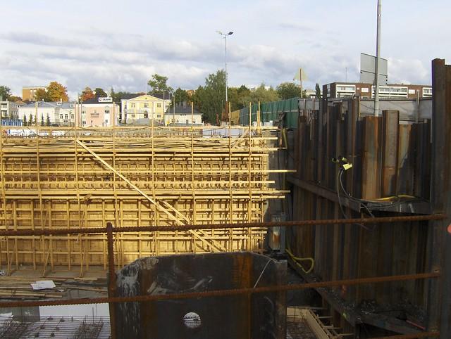 Hämeenlinnan moottoritiekate ja Goodman-kauppakeskus: Työmaatilanne 22.9.2012 - kuva 6
