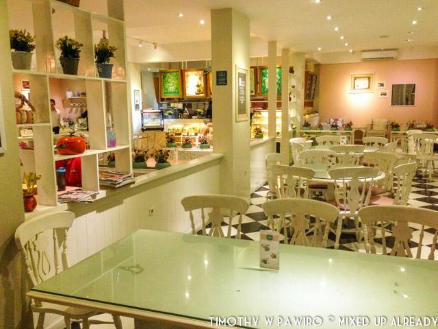 Indonesia - Bandung - Djoeroe Masak Restaurant - Dining area - First Floor (01)