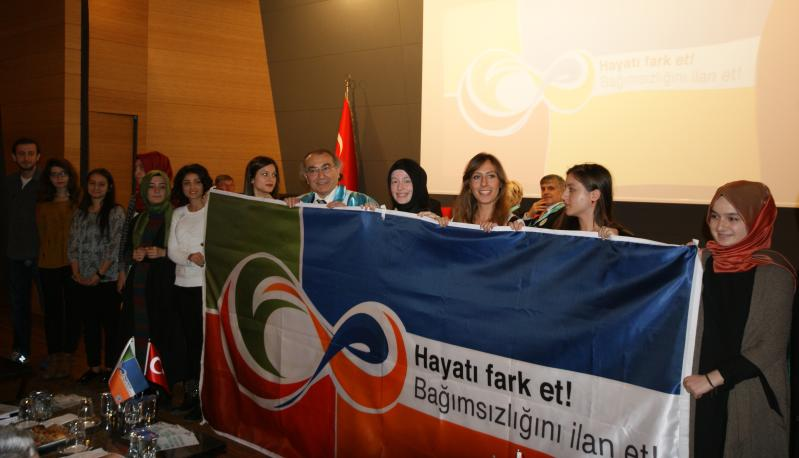 """Üsküdar Üniversitesi gençlere """"Bağımsızlık"""" Çağrısı Yapıyor 4"""