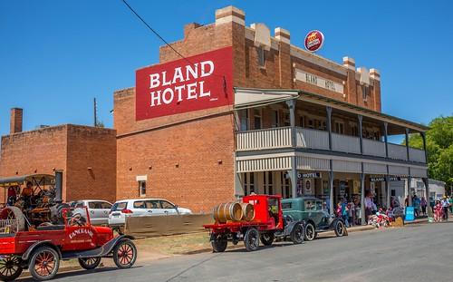 Bland Hotel resize