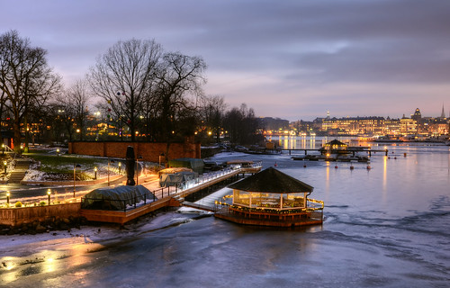 city bridge trees roof winter snow ice grass wall stairs reflections landscape lights cafe shadows sweden stockholm steps boardwalk pavilion sverige lamps hdr djurgården icescape sjöcafet