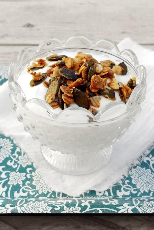 granola con pipas de calabaza - pumpkin spice crunch granola