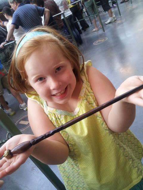 Tabby & her wand
